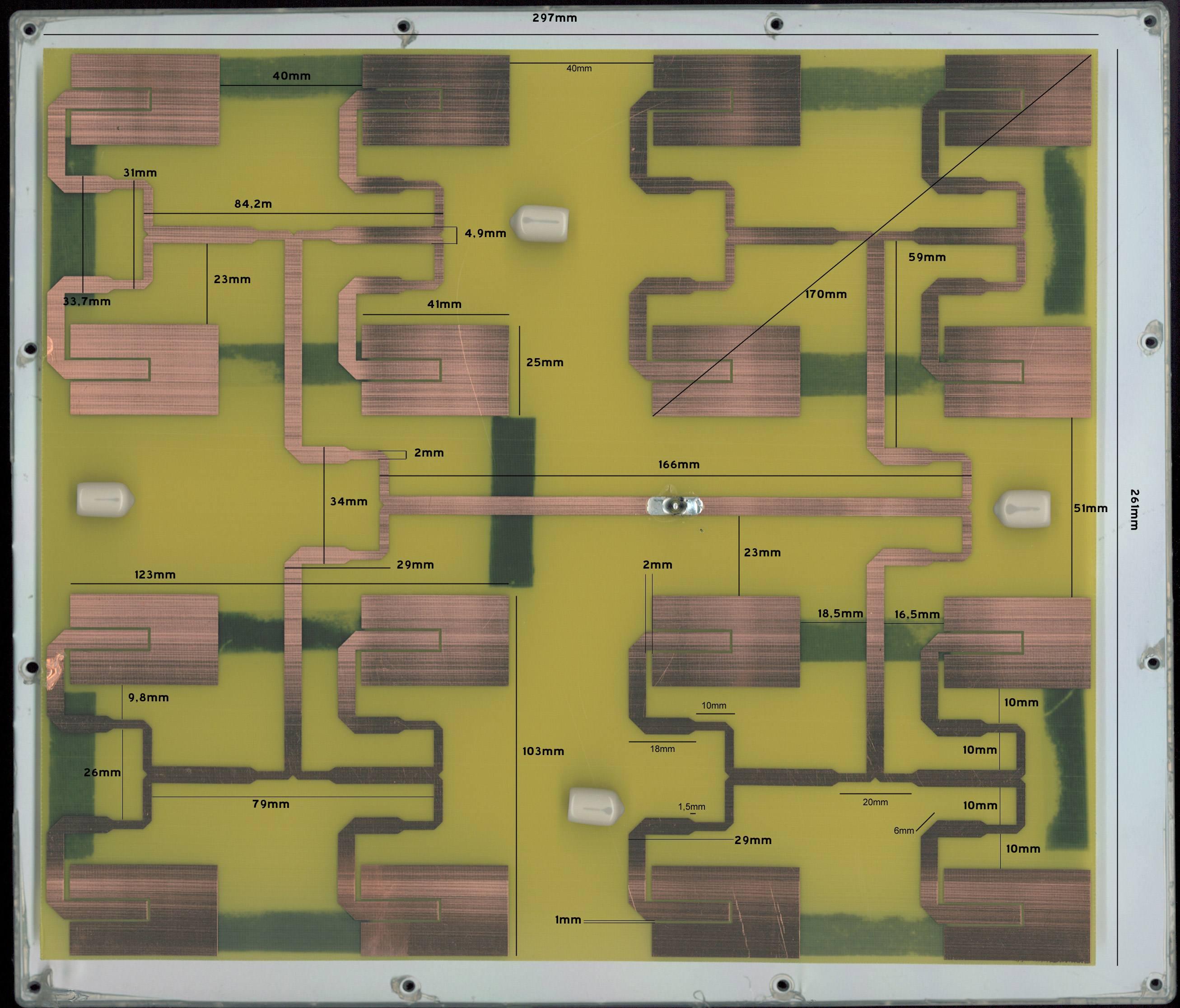 13 ghz optimized 8dbi patch antenna array